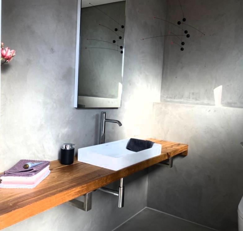 Kuechen_Montage_Ambiente_Cucine_Pimasens_Material_Design_Individuell_Schlafen_Zimmer_Handwerk_Holz_Tische_Bad_Moebel